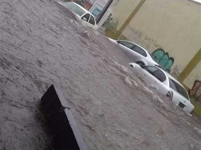 Se desbordan ríos en Chiapas por fuertes lluvias
