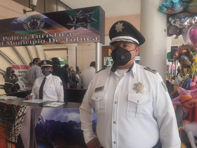 Se despliega policía turística en Feria del Alfeñique