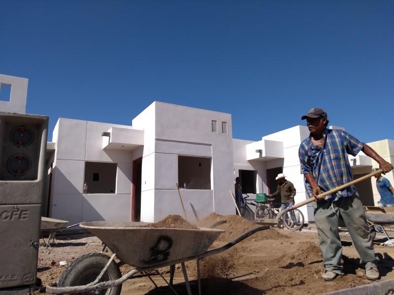 Se desploma construcción de vivienda de interés social