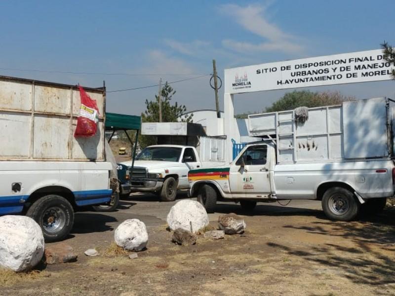 Se enfrentan recolectores de basura en Morelia
