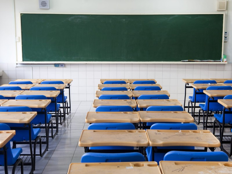 Se espera que para diciembre se reactiven todas las escuelas