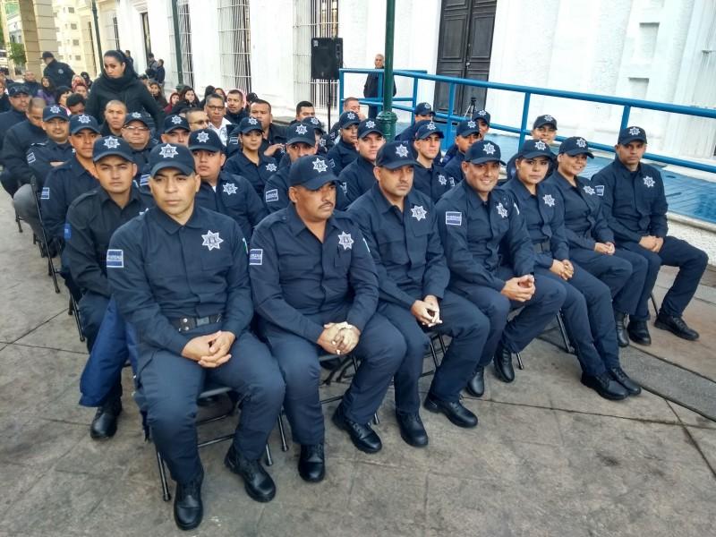 Se gradúan 22 cadetes de la Policía Municipal