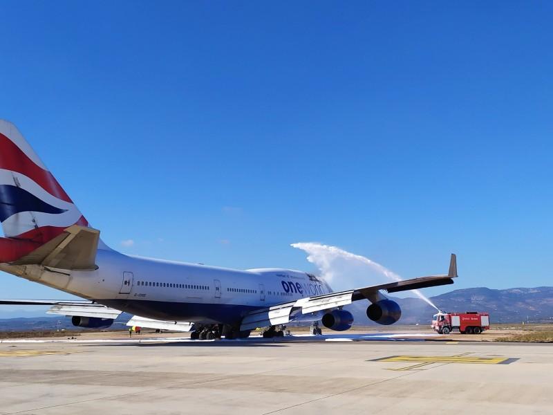 Se incendia Boeing 747 en un aeropuerto de España