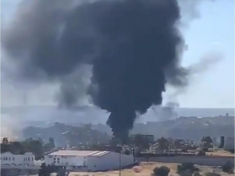 Se incendia subestación de CFE en Durango