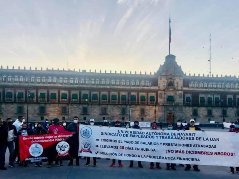 Se manifiesta personal del SETUAN en Palacio Nacional