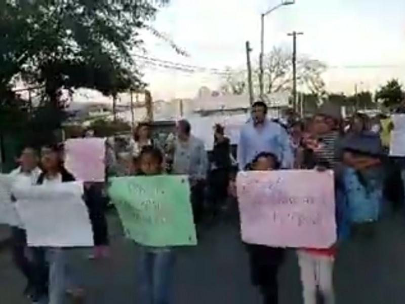 Se manifiestan ciudadanos en Berriozábal ante inseguridad