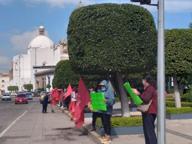 Se manifiestan en Irapuato para exigir caminos seguros a comunidades