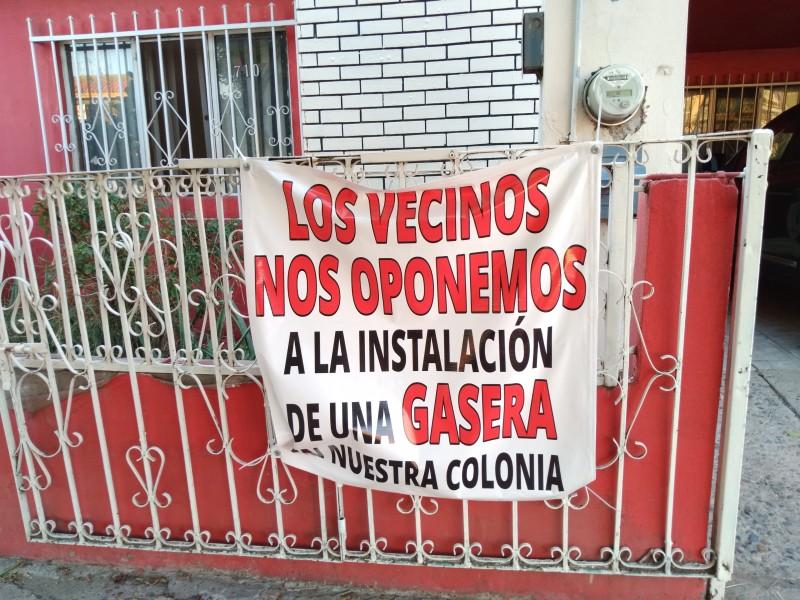 Se manifiestan por construcción de gasera en colonia Centro