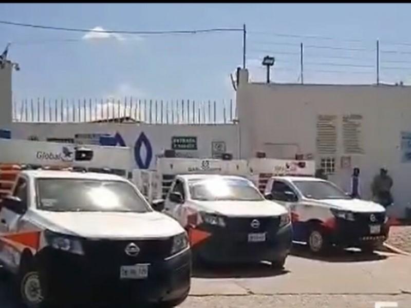 Se manifiestan trabajadores de Gas Oriente por disminución de comisiones