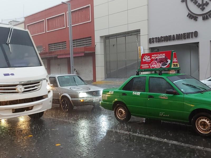 Pronostican lluvias fuertes este domingo para 10 municipios de Nayarit