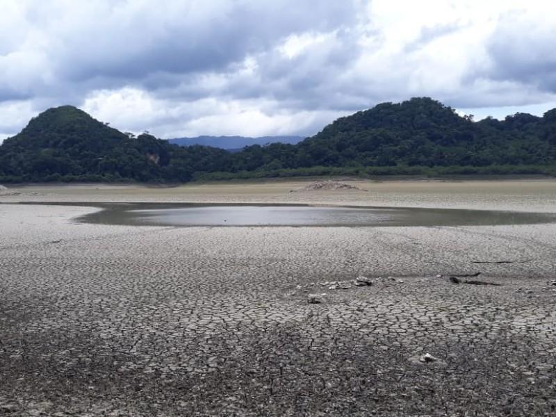 Se recupera durante las lluvias laguna Metzabok
