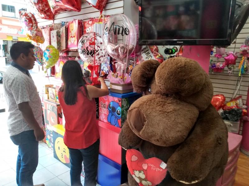 Se recuperan comercios de cuesta de enero con San Valentín