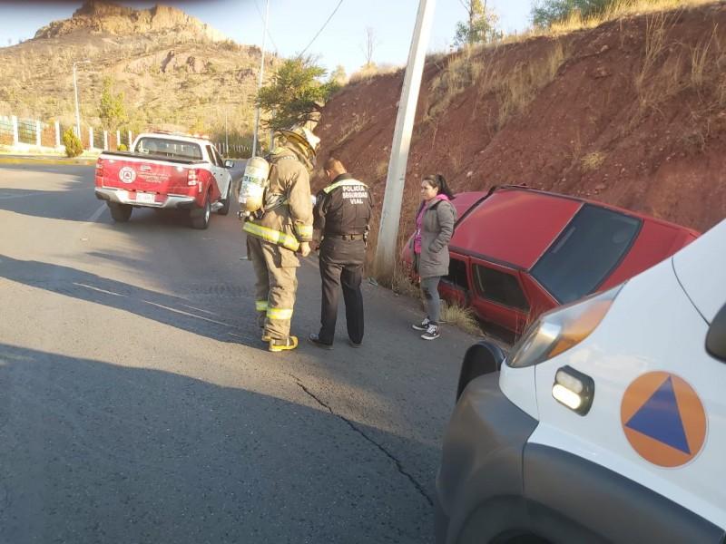 Se registra accidente vehicular sobre la Calzada Solidaridad