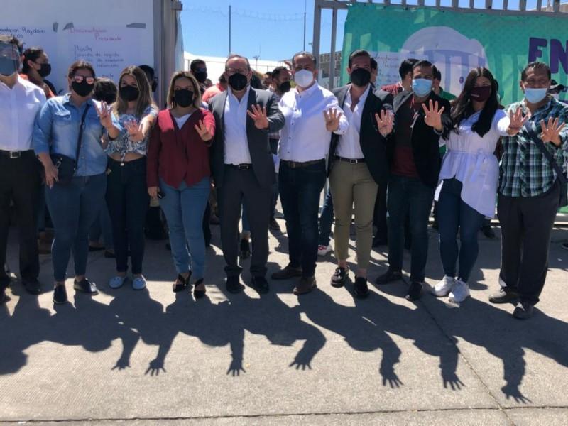 Se registra Alberto Uribe ante el IEPC para Zapopan