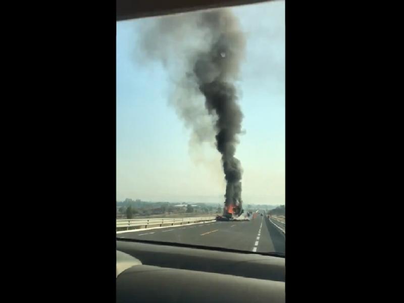Se registra aparatoso accidente en autopista Morelia-Álvaro Obregón