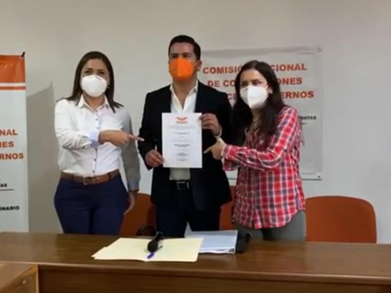 Se registra Ignacio Flores como precandidato de Movimiento Ciudadano