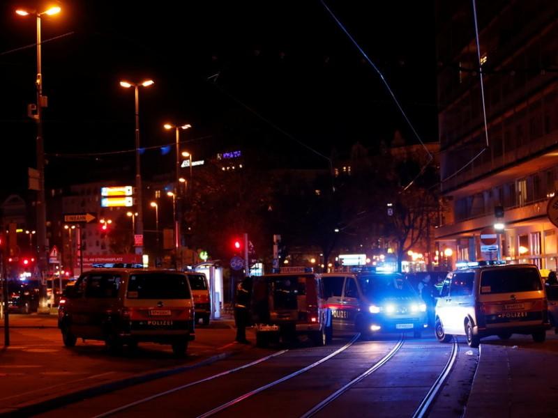 Se registra tiroteo en una sinagoga de Viena