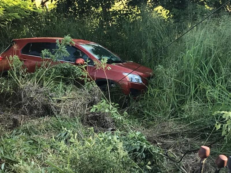 Se registra volcadura en carretera Paso del Toro-Alvarado