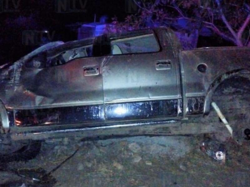 Se registra volcadura en la carretera a San Blas