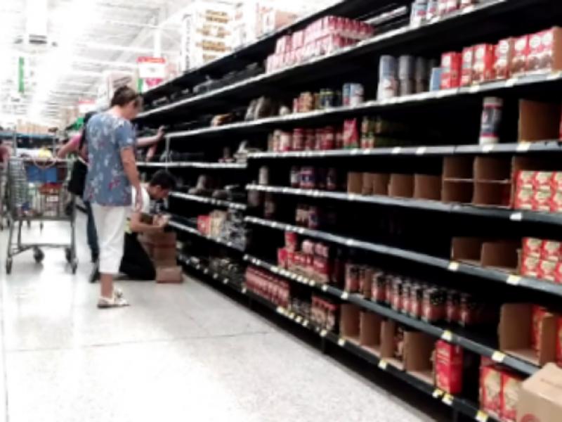 Se registran compras de pánico en Tepic