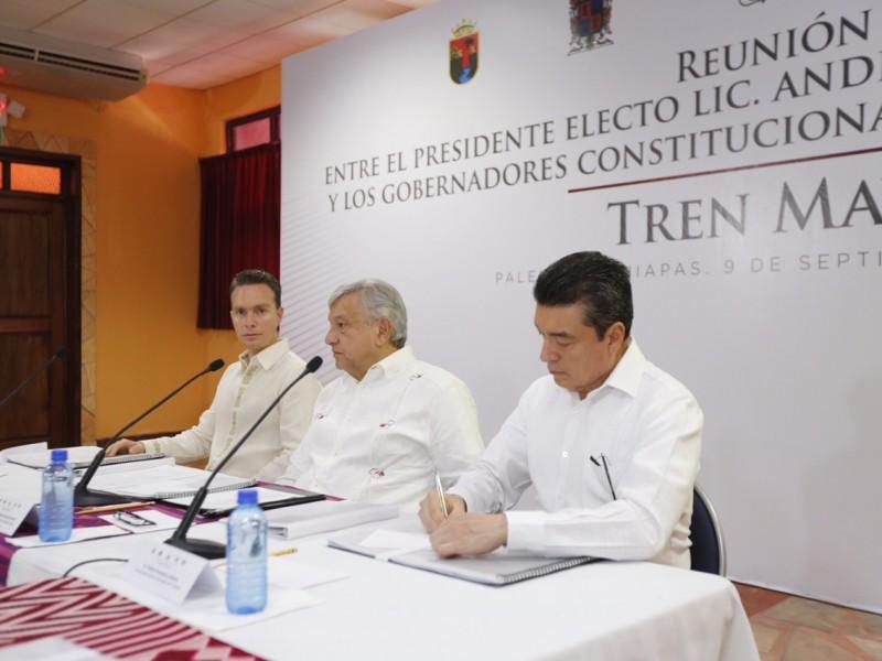 Se reúne AMLO con gobernadores para Tren Maya