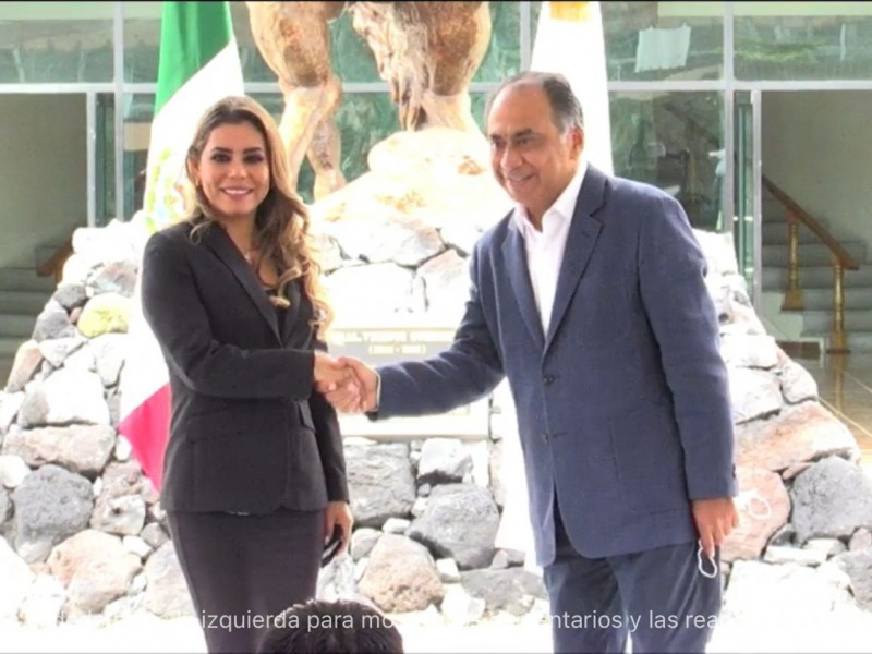 Se reúnen Héctor Astudillo y Evelyn Salgado; preparan entrega-recepción