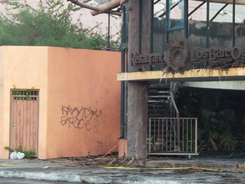Se suicida hombre al interior de restaurante abandonado