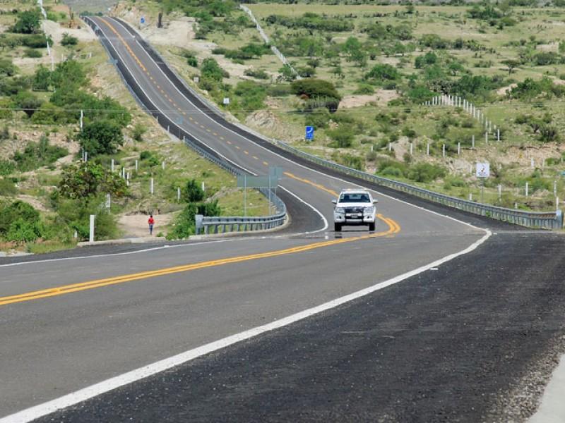 Se triplica inversión de autopista Oaxaca-Costa