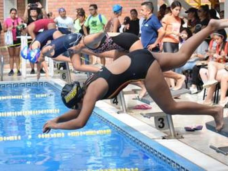 Se unen clubes de natación para competencia