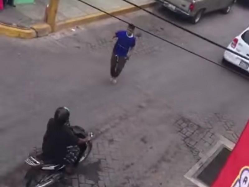 Se viraliza video en Santiago Ixcuintla robo a pleno día