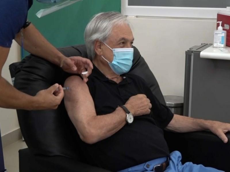 Sebastián Piñera recibe vacuna china CoronaVac contra Covid-19
