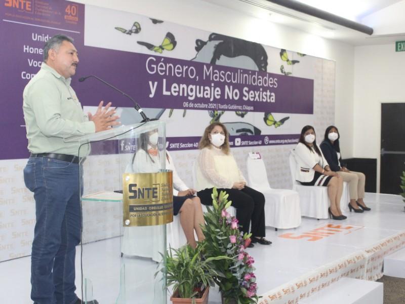 Sección 40 SNTE capacita a docentes en lenguaje no sexista
