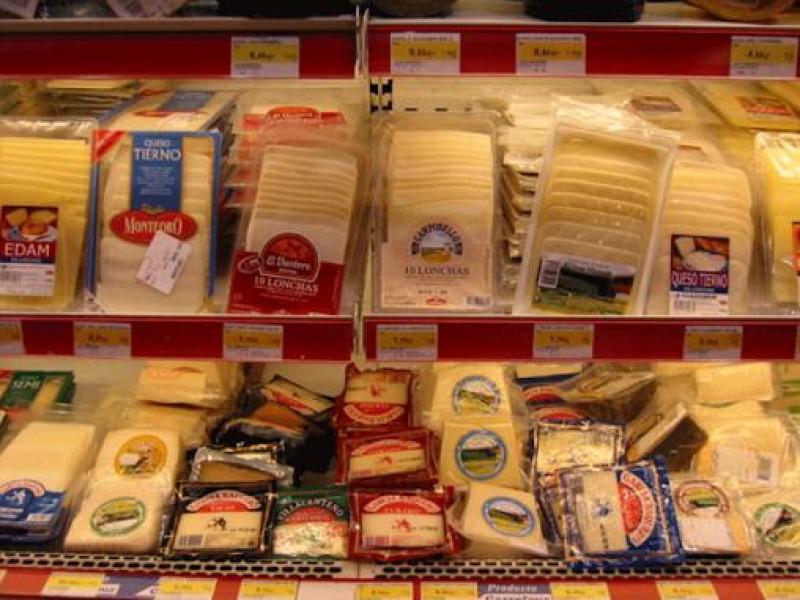 Secretaría de Economía ordena suspensión de comercialización de quesos