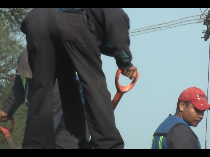 📹Sector construcción despidió 45% de trabajadores ante #FaltaDeRecursos
