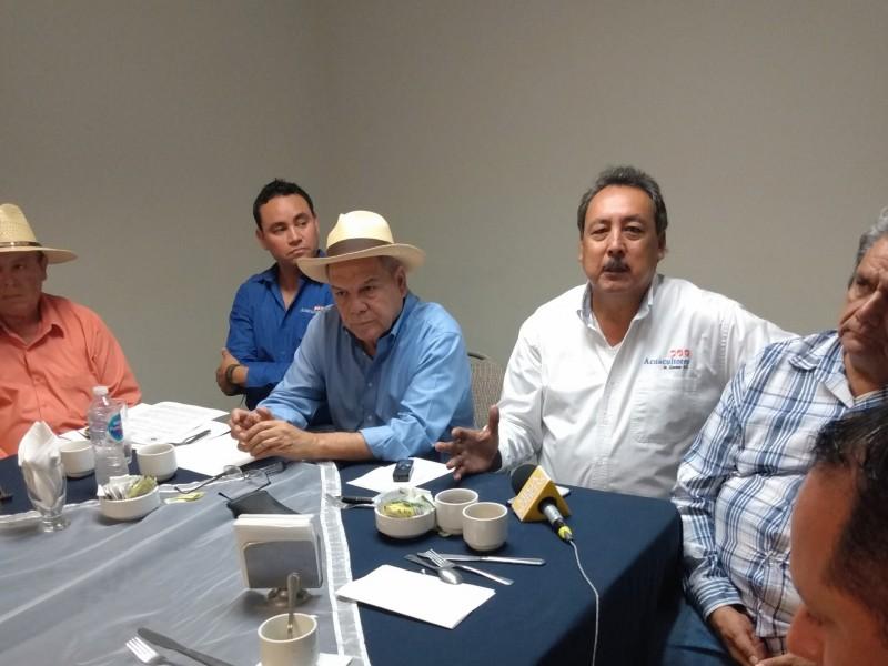 Sector pesquero expondra inconformidad ante visita de Narro