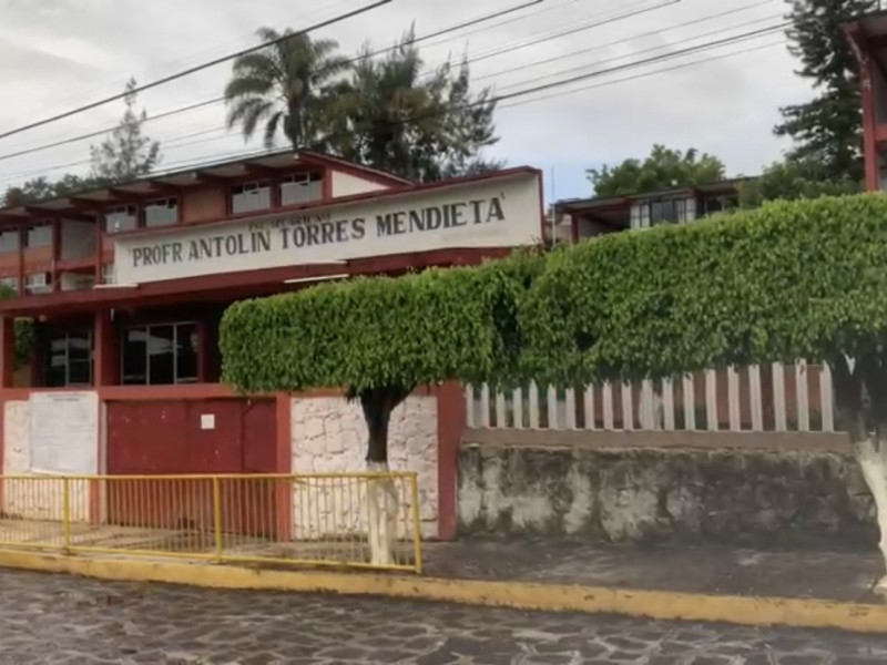 Secundaria de Xalapa suspende clases presenciales tras casos de covid
