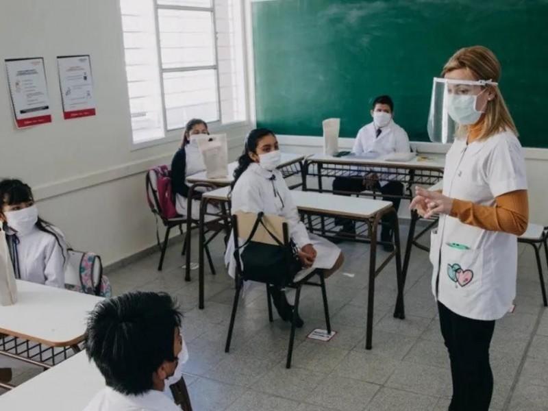 Alistan censo de docentes zacatecanos para vacunación Covid-19