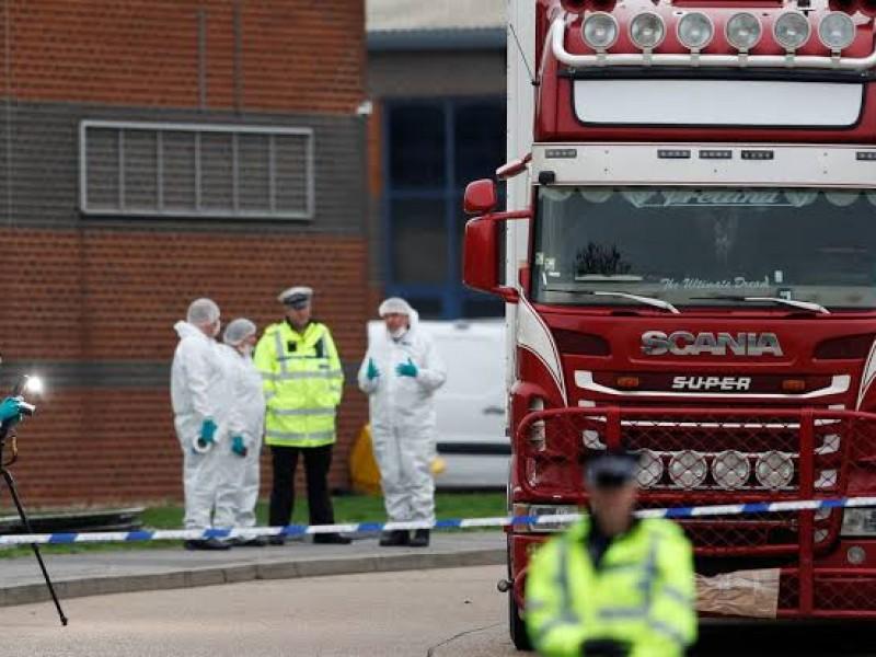 Seguirá detenido conductor de camión con cadáveres
