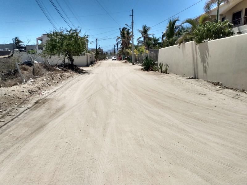 Seguridad, alumbrado y pavimentación,  necesidades del distrito VII