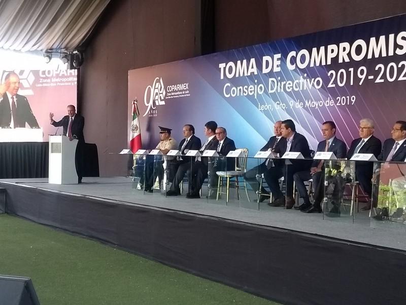 Seguridad y mejores salarios, principales retos de COPARMEX