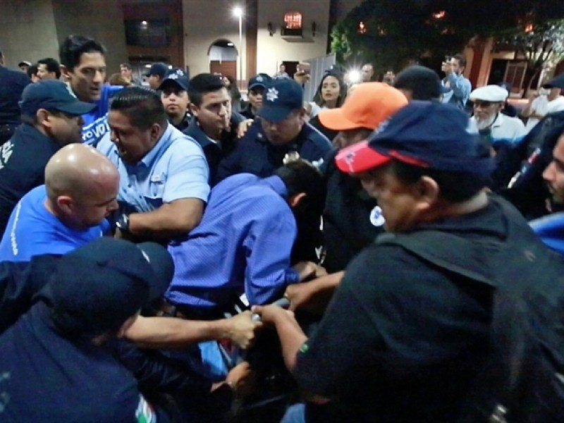 Seis detenidos por plantón panista en Monterrey