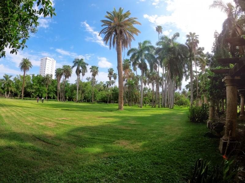 Seis jardines perfectamente diseñados integran el Parque Sinaloa