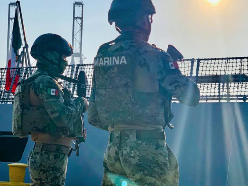 SEMAR decomisa 1,100 paquetes de cocaína en Costas de Michoacán