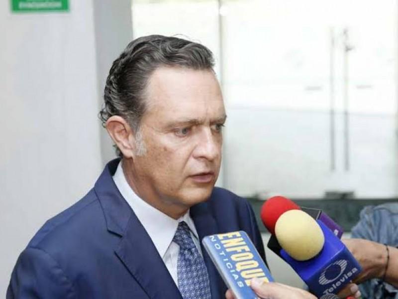 Senador refiere que es penoso que federación rompa acuerdos