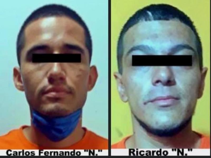 Sentencian a dos a 28 años por robo de banco