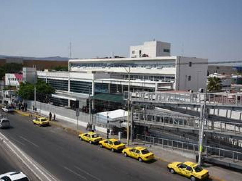 Servicio médico Estatal a trabajadores municipales; Néstor Domínguez
