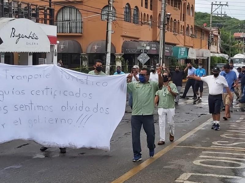 Servidores turísticos protestan ante falta de apoyos por pandemia