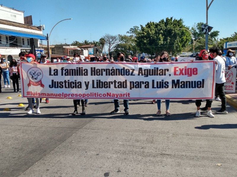 SETUAN realiza marcha por los mártires del 20 de febrero