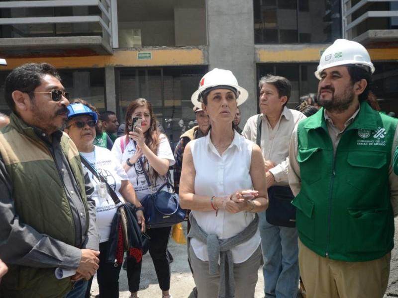 Sheinbaum visita obras del Multifamiliar de Tlalpan
