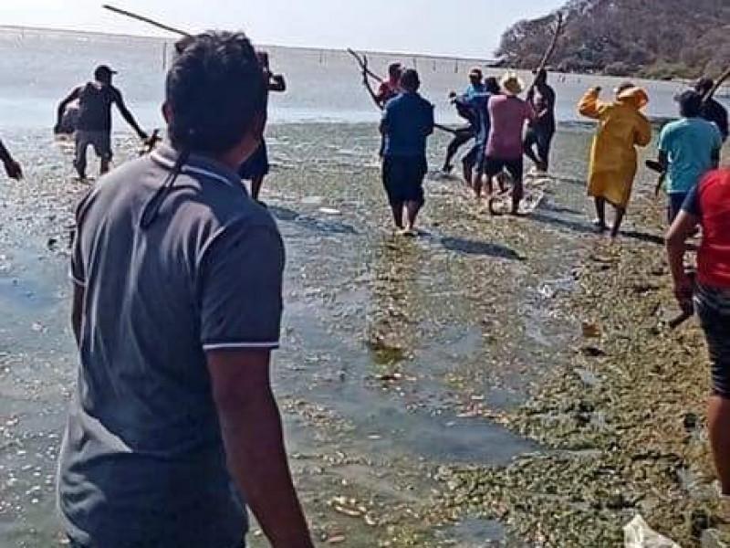Enfrentamiento en Pueblo Viejo de San Dionisio del Mar